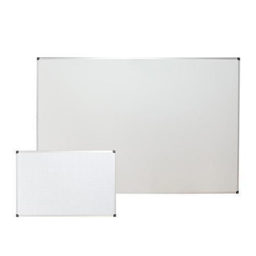 Bílé magnetické tabule Bi-Office s rastrem