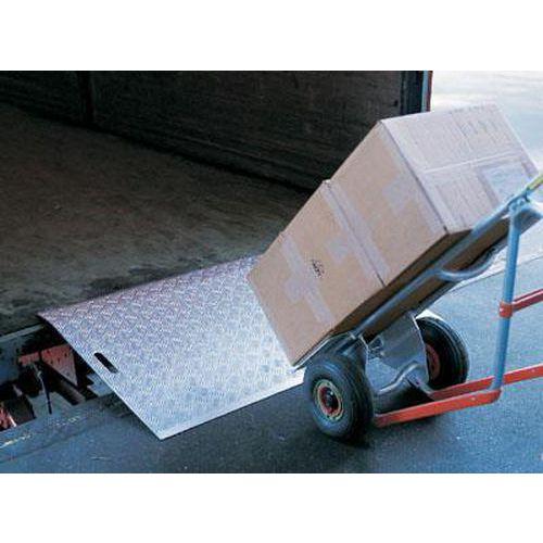 Nájezdový můstek, do 1 200 kg, 180 x 125 cm