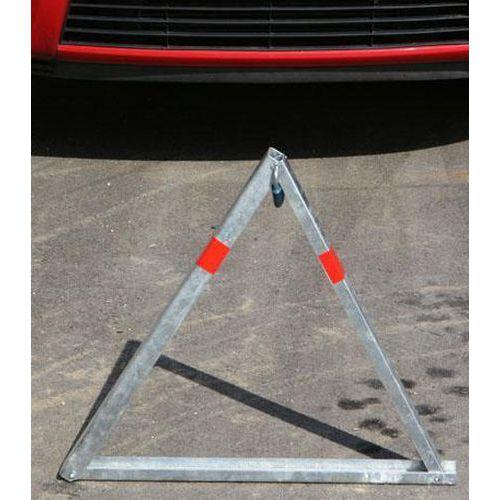 Parkovací zábrana trojúhelníková, 680 x 800 x 30 mm