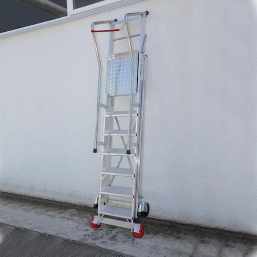 Pojízdný skládací hliníkový plošinový žebřík, 10 stupňů