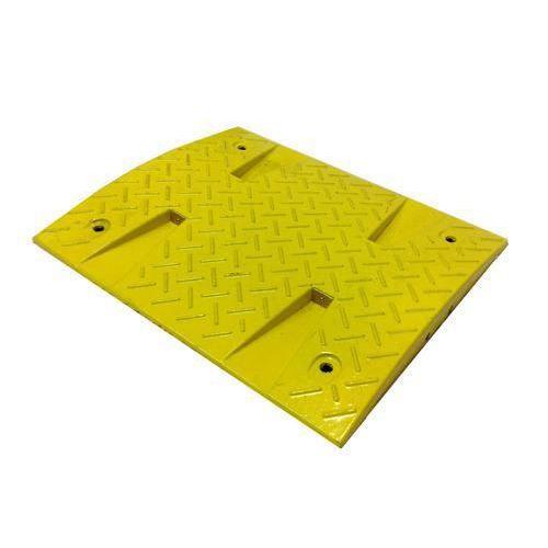 Zpomalovací práh, středový díl, 3 x 50 x 43 cm, žlutý