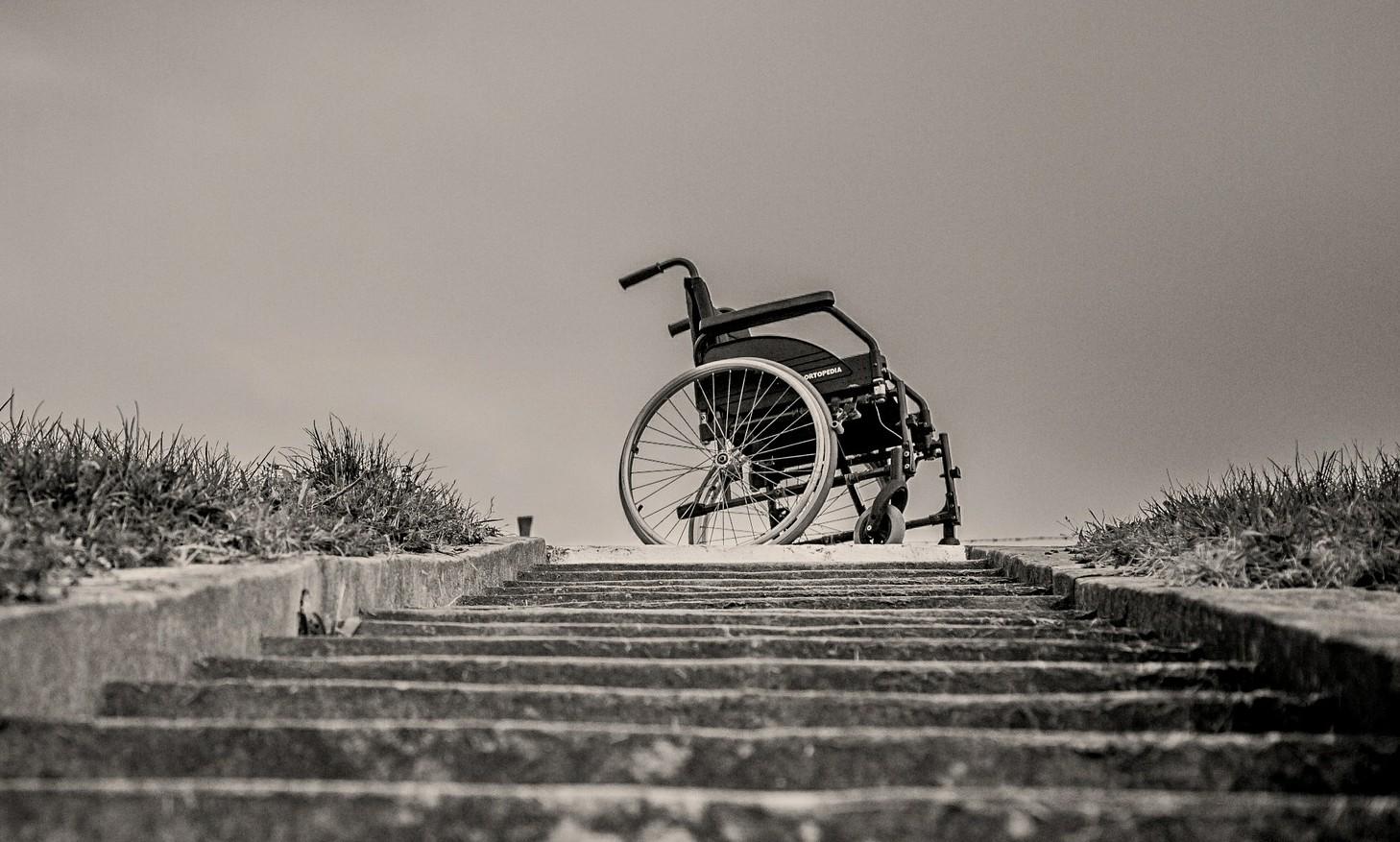 wheelchair-567812_orez
