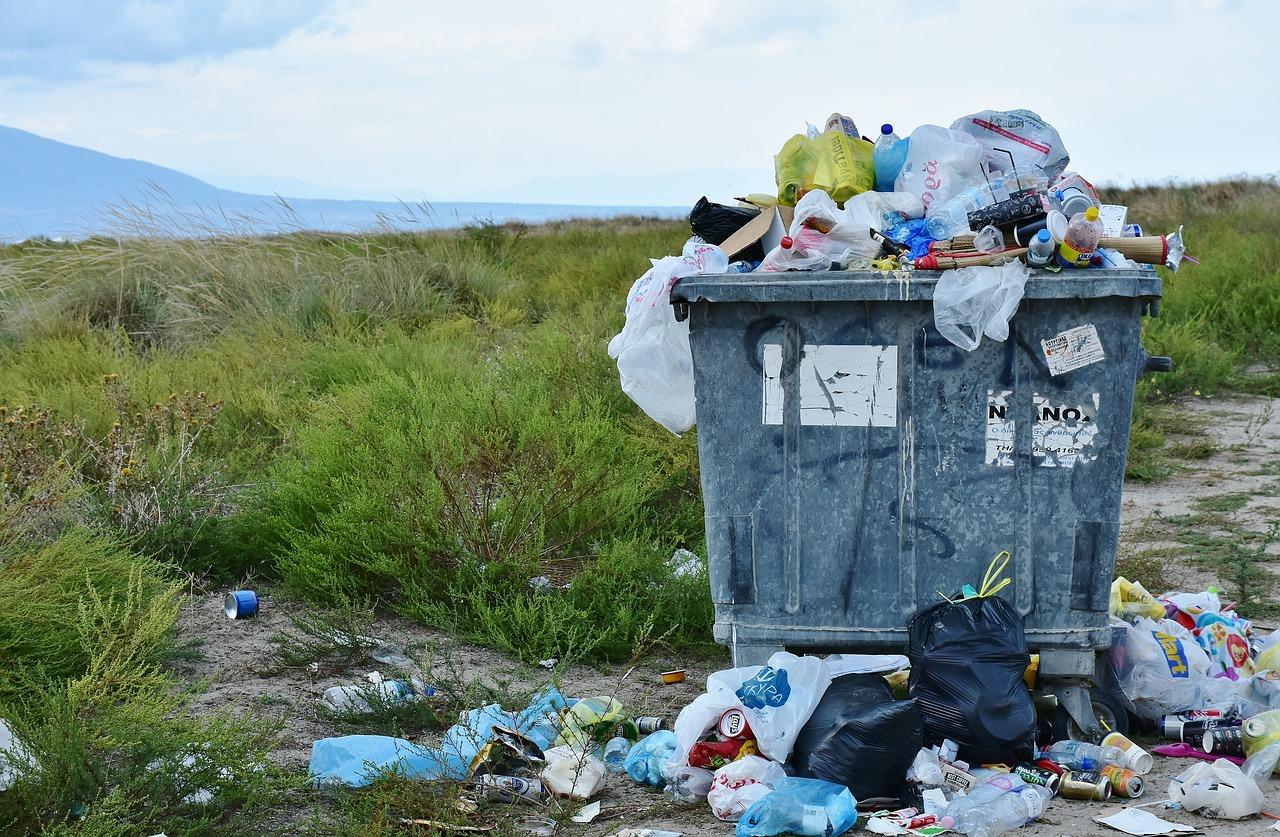 Firmy musí likvidovat odpady podle speciálních pravidel. Jak na to, abyste neutratili majlant