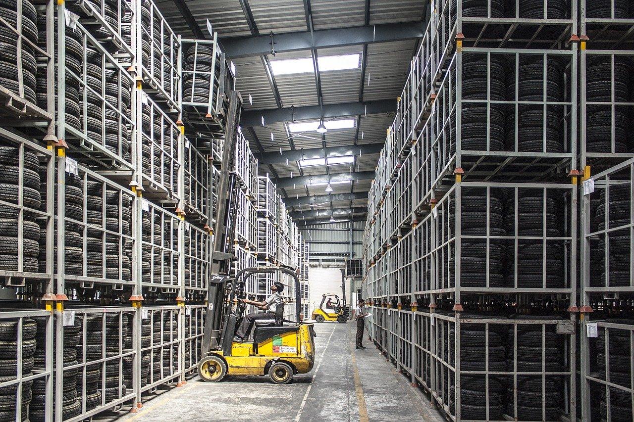 Chytré skladování: budoucnost automatizovaných logistických skladů