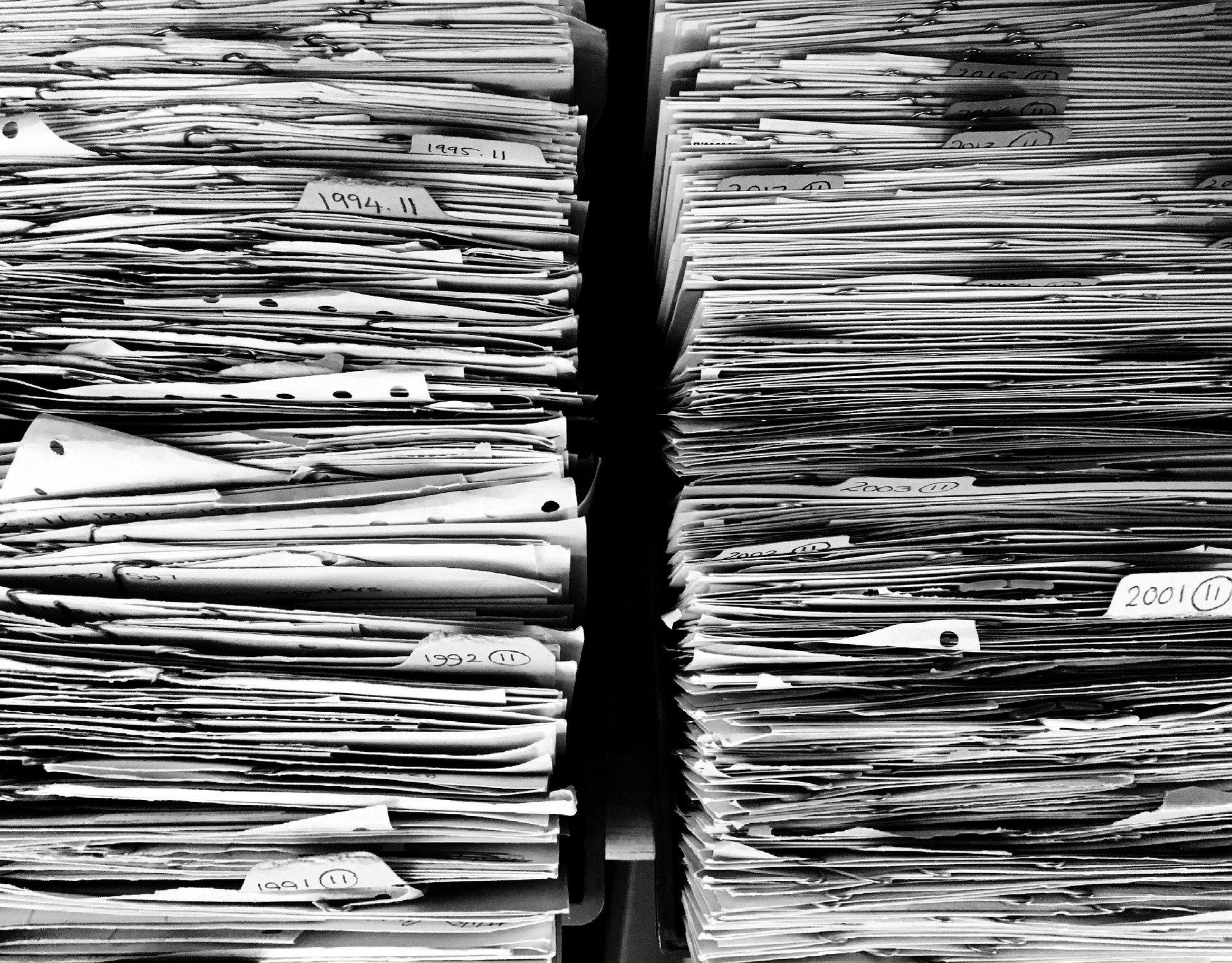 Pořádek vdokumentech: jak dlouho je archivovat akam je vkanceláři uložit